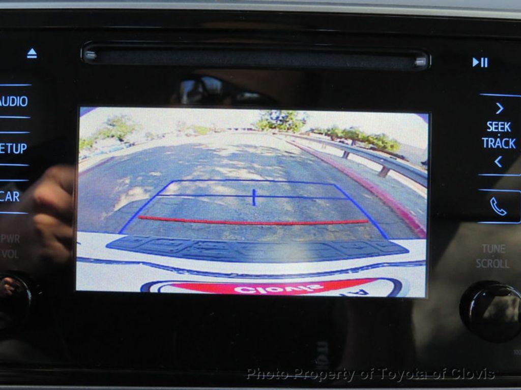 2018 Toyota Corolla LE CVT - 17162527 - 18