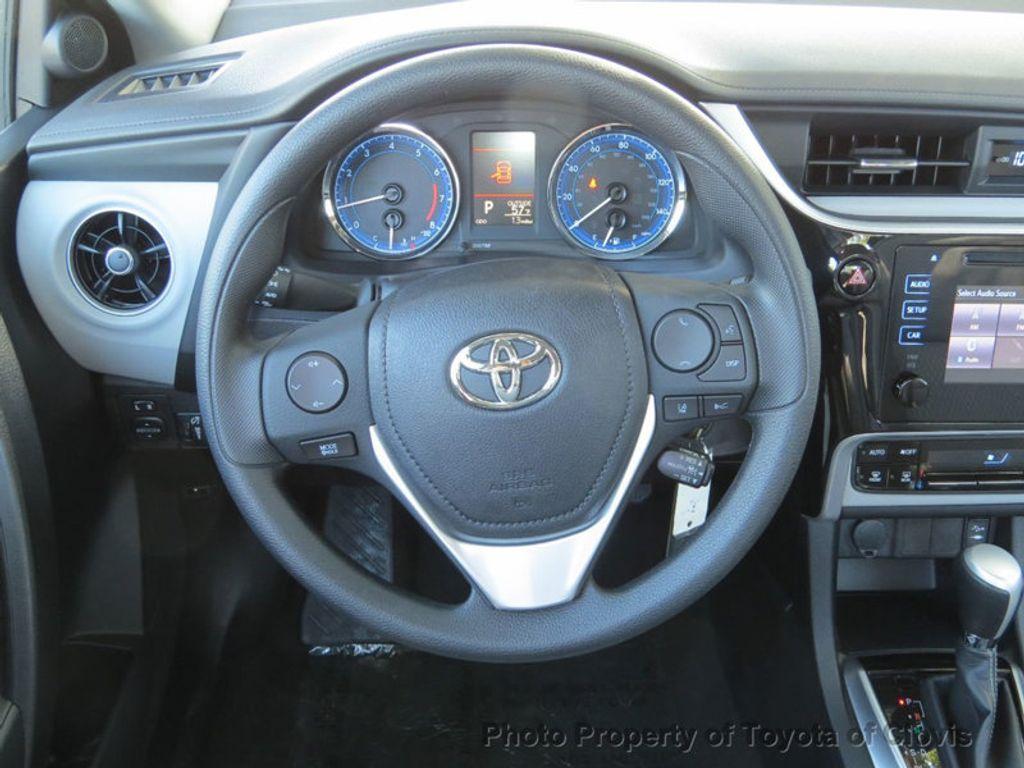 2018 Toyota Corolla LE CVT - 17162527 - 5