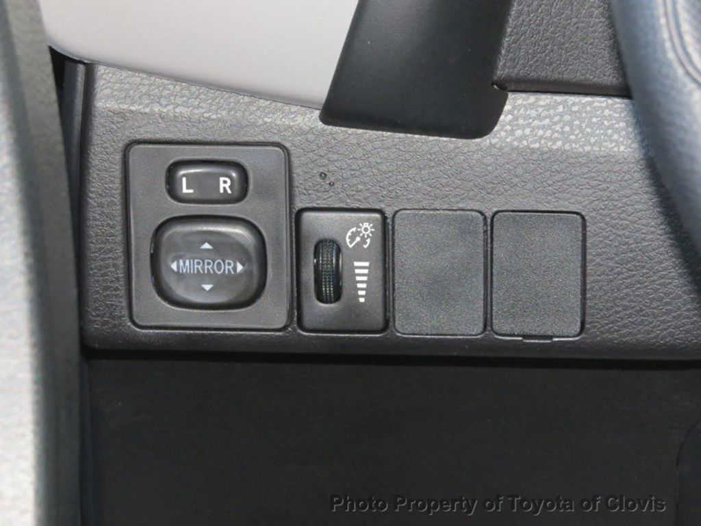 2018 Toyota Corolla LE CVT - 17162527 - 8