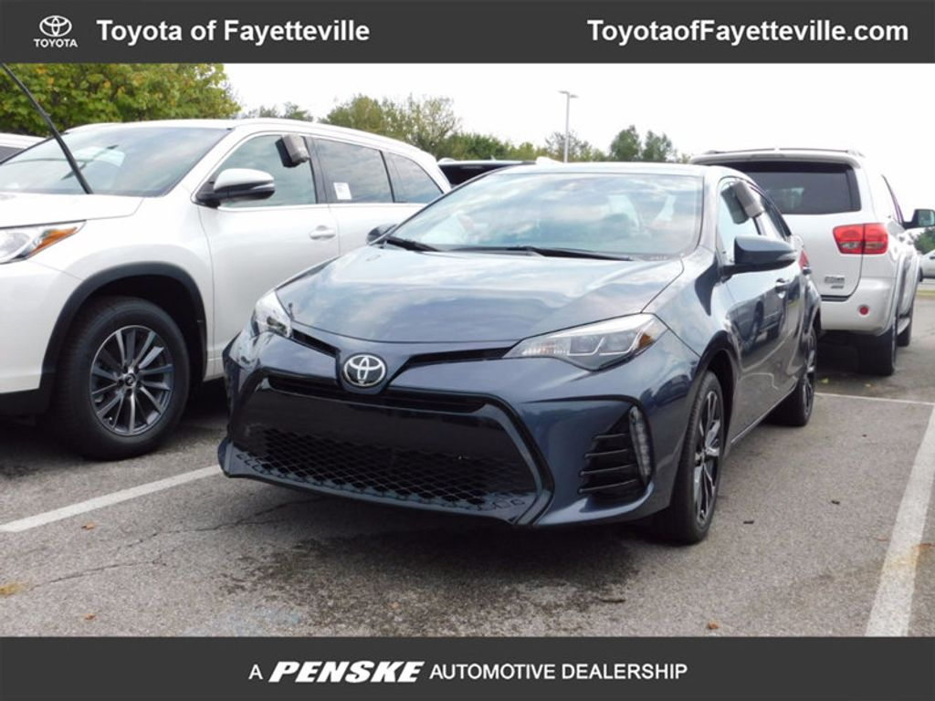 2018 Toyota Corolla SE CVT - 16849935 - 0