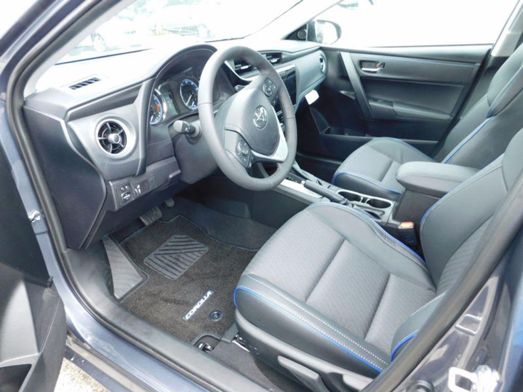 2018 Toyota Corolla SE CVT - 16849935 - 11