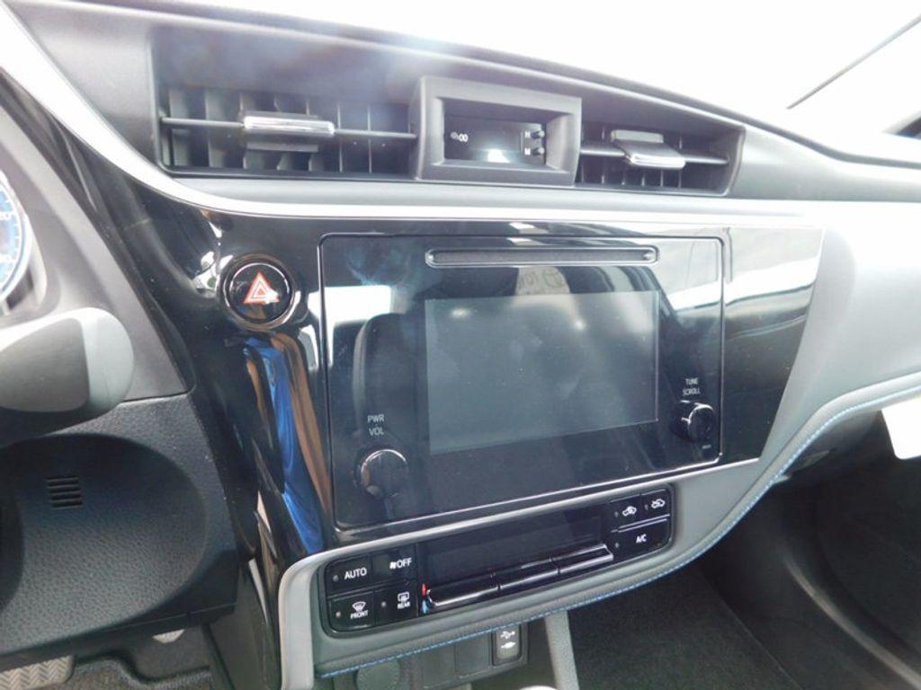 2018 Toyota Corolla SE CVT - 16849935 - 15
