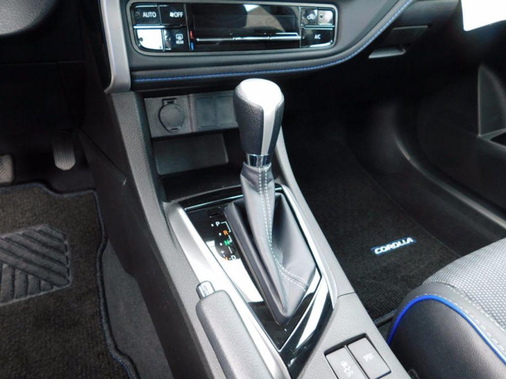 2018 Toyota Corolla SE CVT - 16849935 - 16