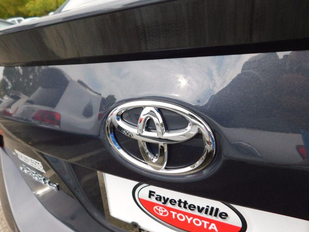 2018 Toyota Corolla SE CVT - 16849935 - 3