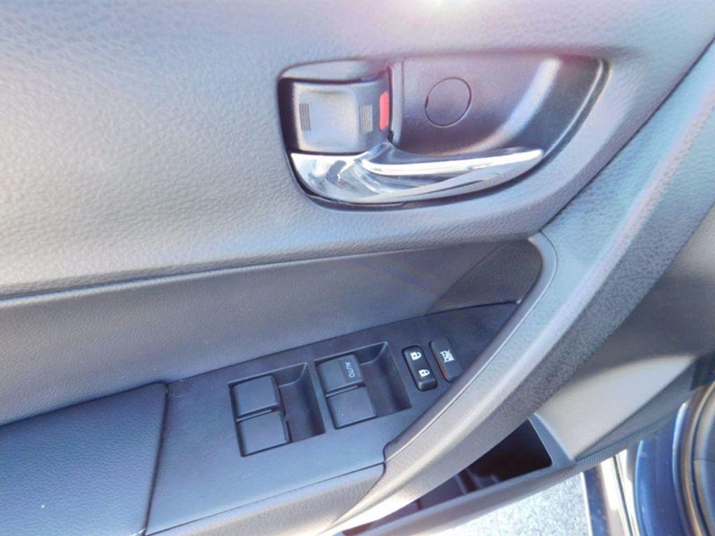 2018 Toyota Corolla SE CVT - 16954223 - 14