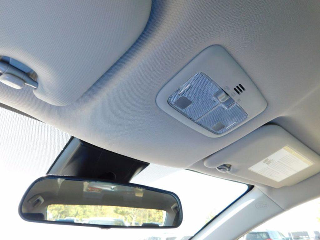 2018 Toyota Corolla SE CVT - 16954223 - 15