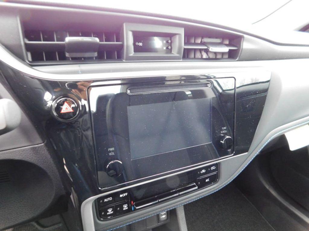 2018 Toyota Corolla SE CVT - 17138495 - 16