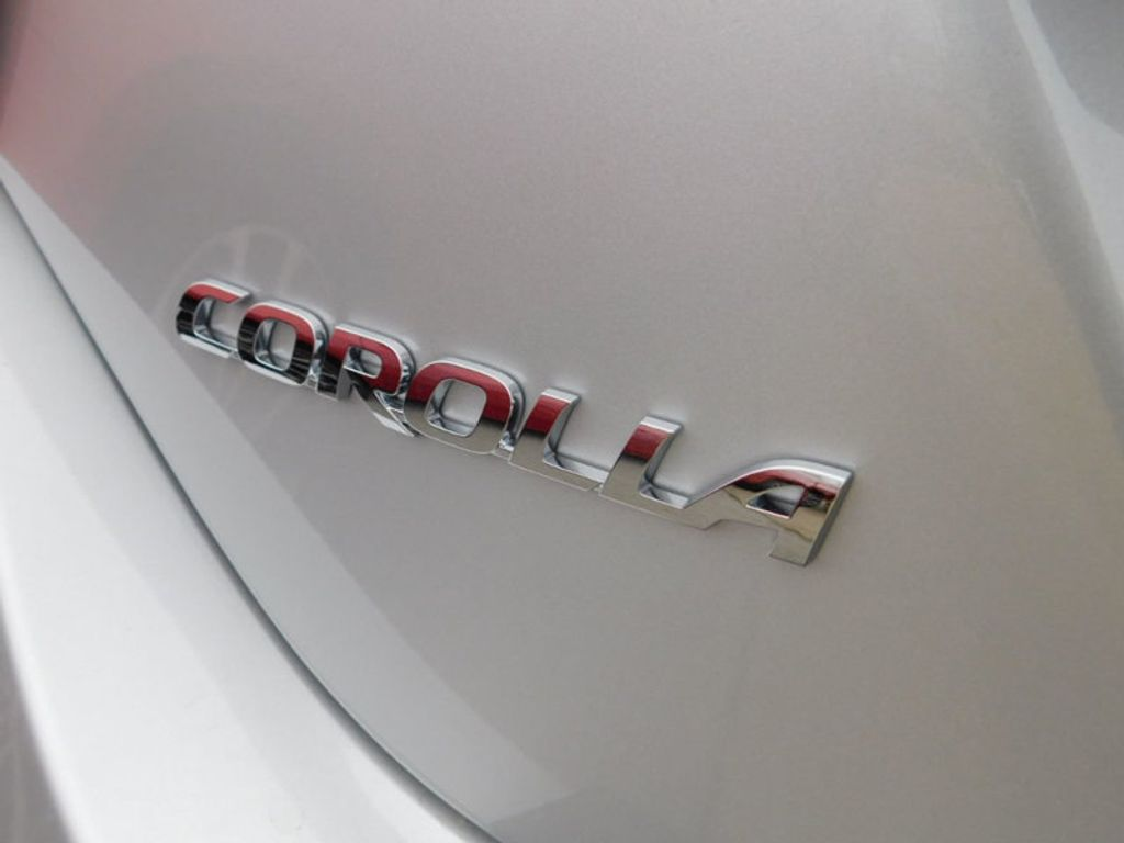 2018 Toyota Corolla SE CVT - 17138495 - 4
