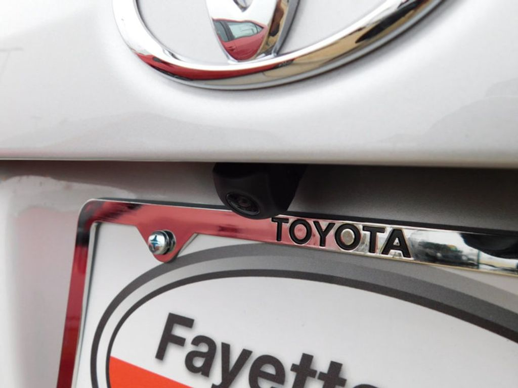 2018 Toyota Corolla SE CVT - 17138495 - 6