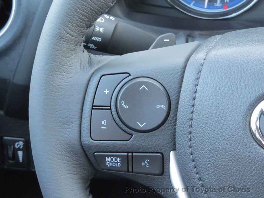 2018 Toyota Corolla XSE CVT - 16786743 - 7