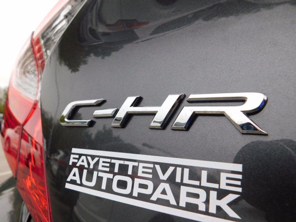 2018 Toyota C-HR XLE FWD - 16918708 - 4