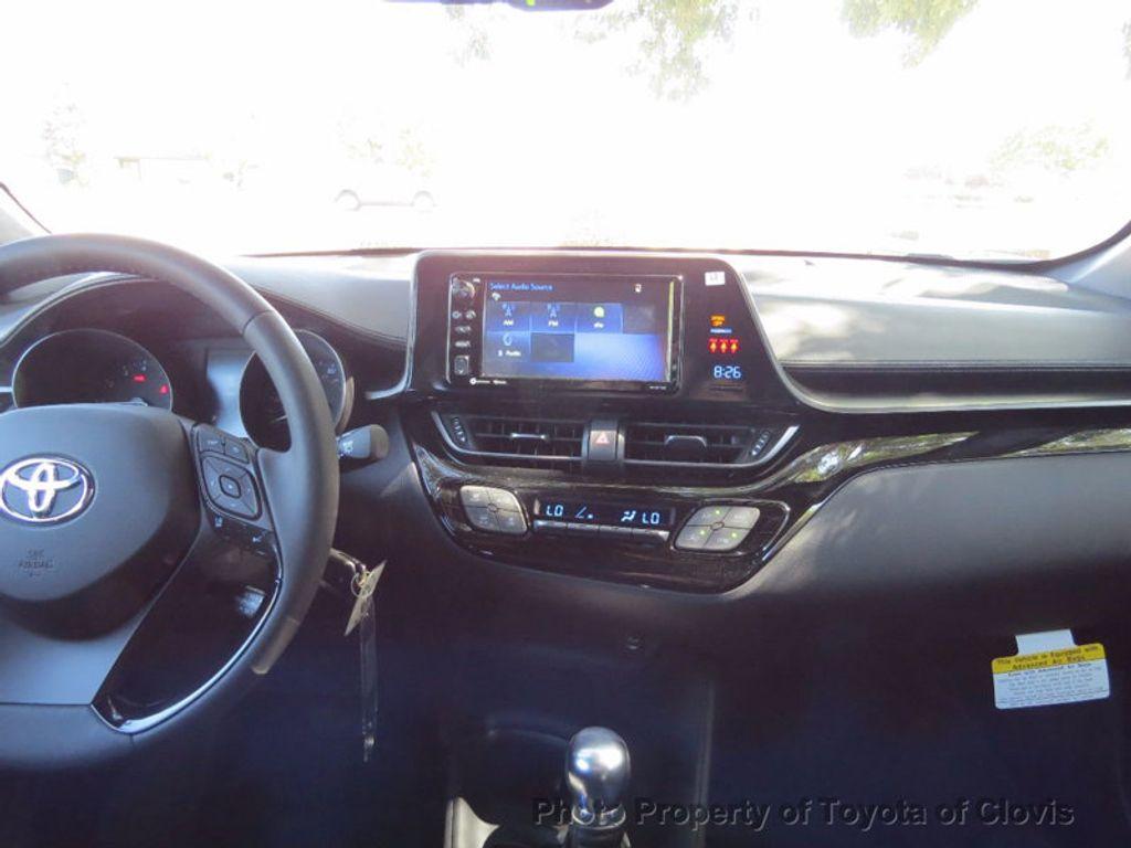 2018 Toyota C-HR XLE FWD - 16935068 - 14