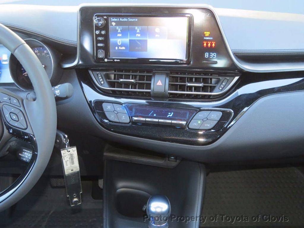 2018 Toyota C-HR XLE FWD - 17091782 - 9