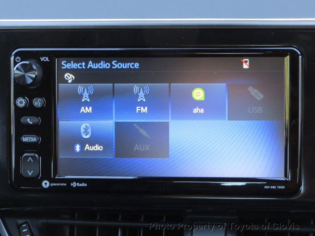 2018 Toyota C-HR XLE FWD - 17091782 - 10