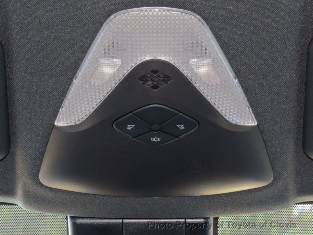 2018 Toyota C-HR XLE FWD - 17091782 - 18