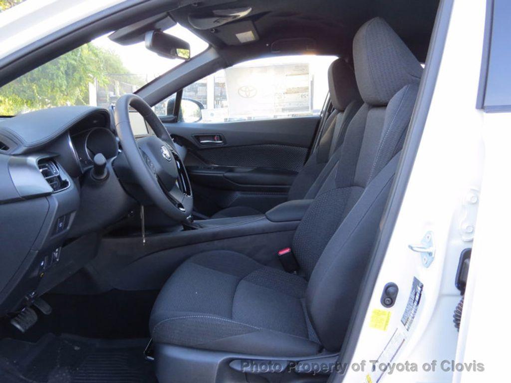 2018 Toyota C-HR XLE FWD - 17091782 - 3