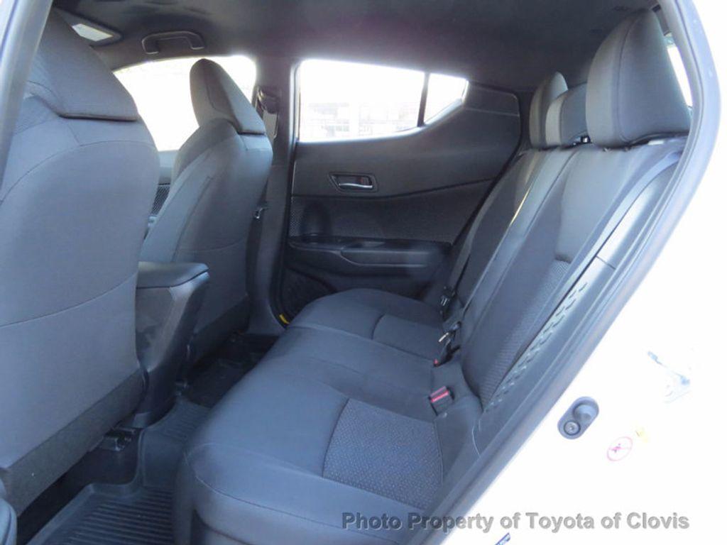 2018 Toyota C-HR XLE FWD - 17091782 - 4