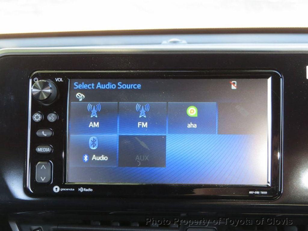2018 Toyota C-HR XLE FWD - 17266016 - 10