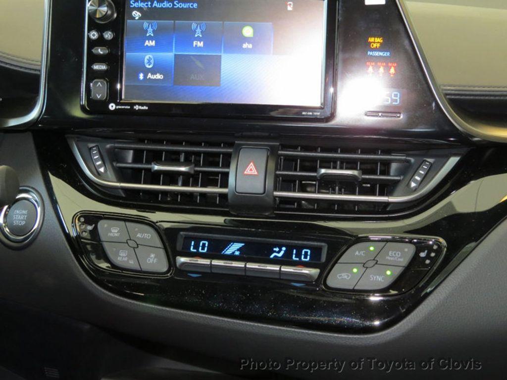 2018 Toyota C-HR XLE Premium FWD - 17340963 - 10