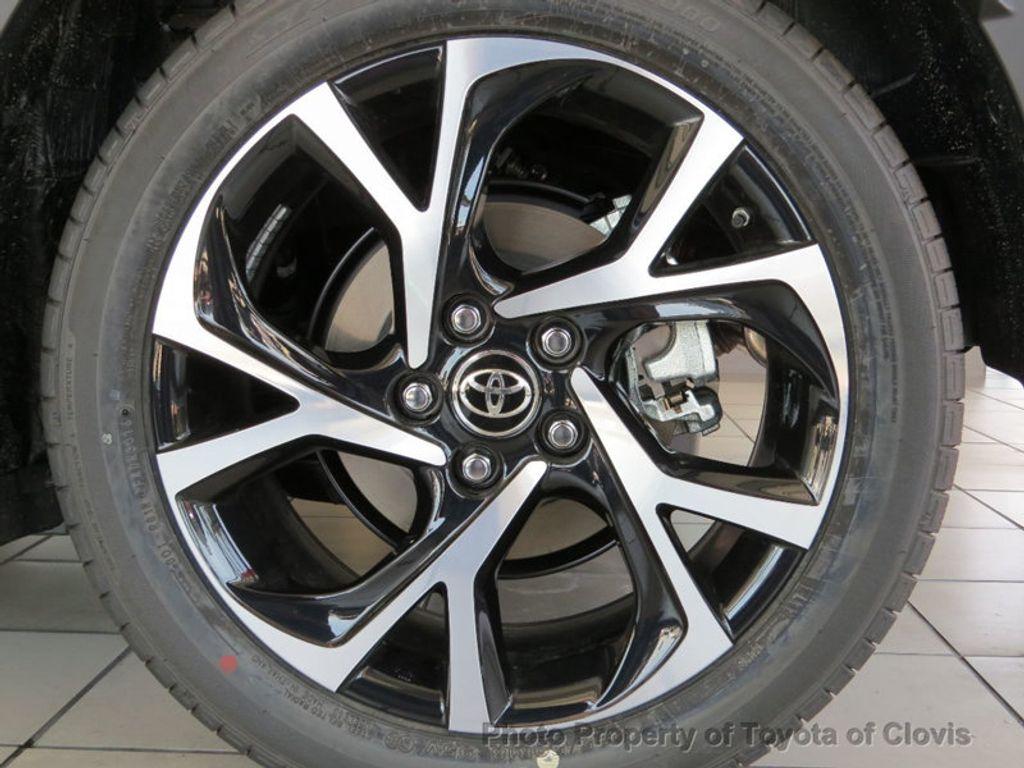 2018 Toyota C-HR XLE Premium FWD - 17340963 - 18