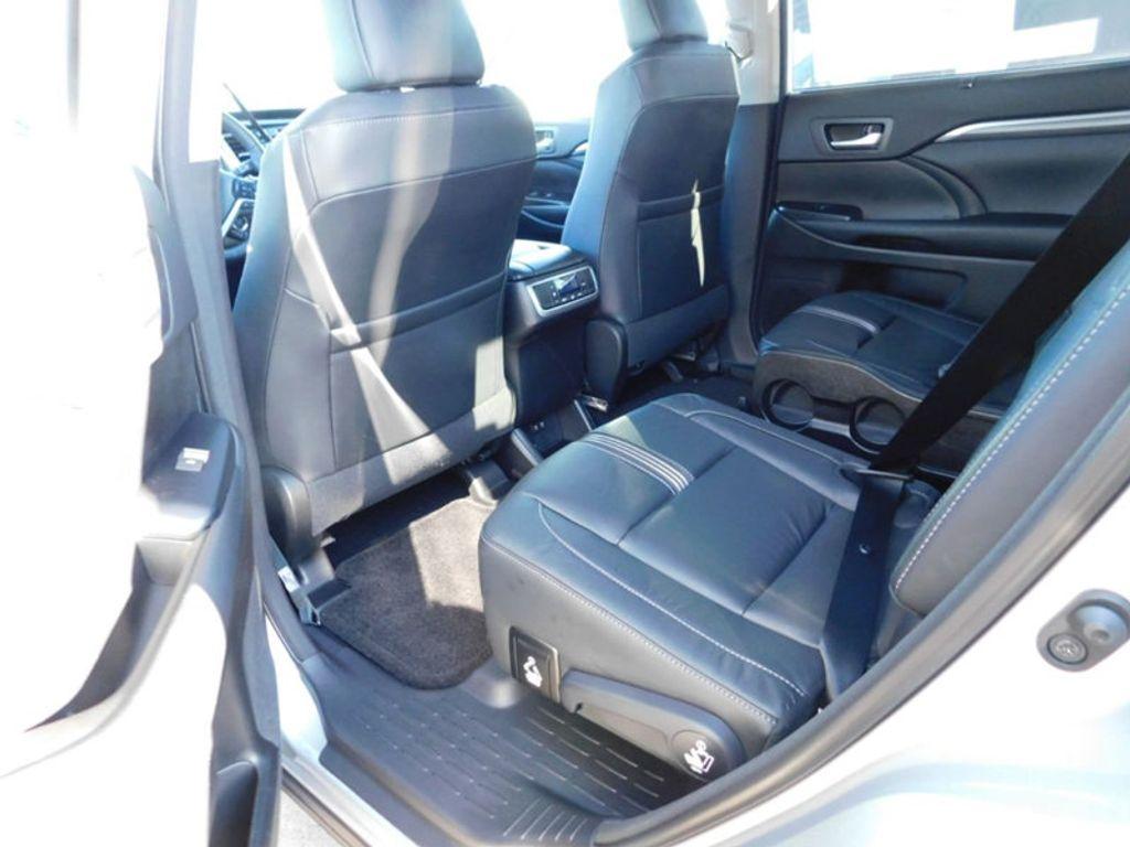 2018 Toyota Highlander SE V6 FWD - 17161993 - 11