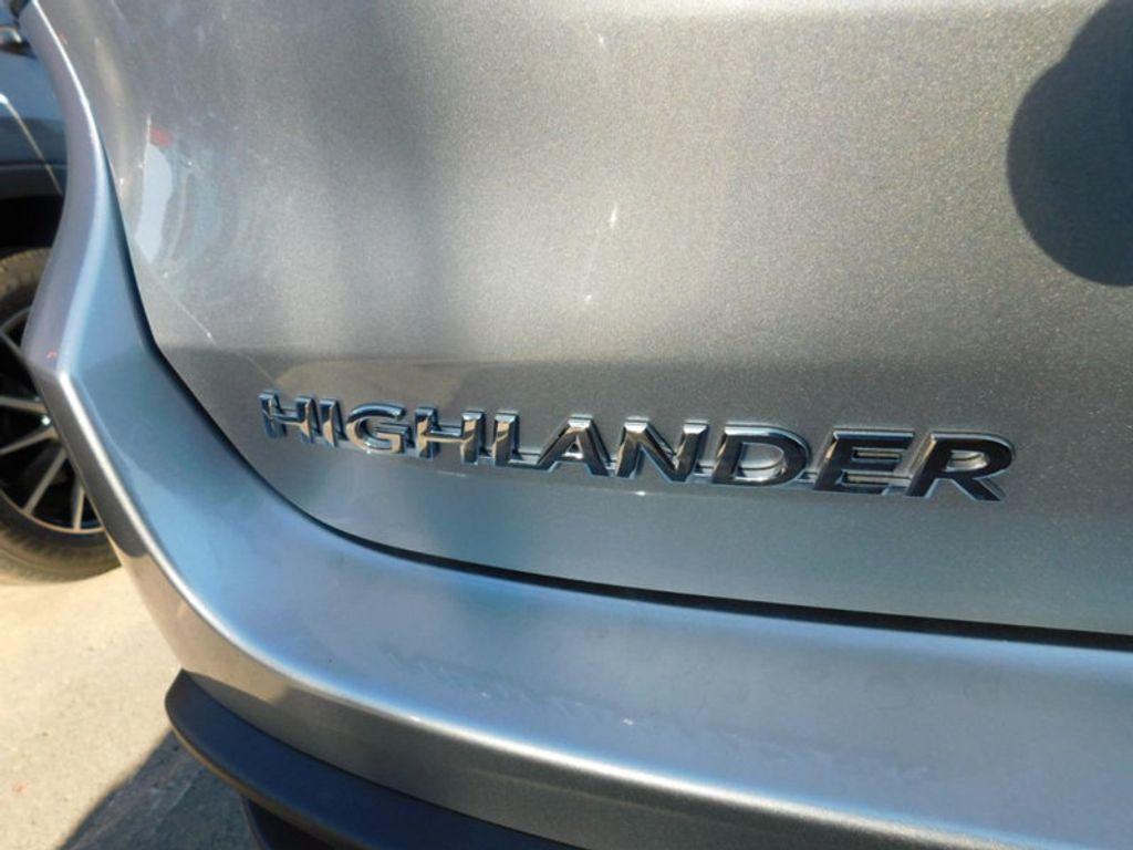 2018 Toyota Highlander SE V6 FWD - 17161993 - 4
