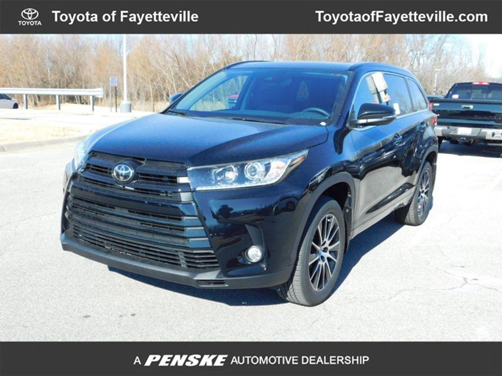 2018 Toyota Highlander SE V6 FWD - 17314374 - 0