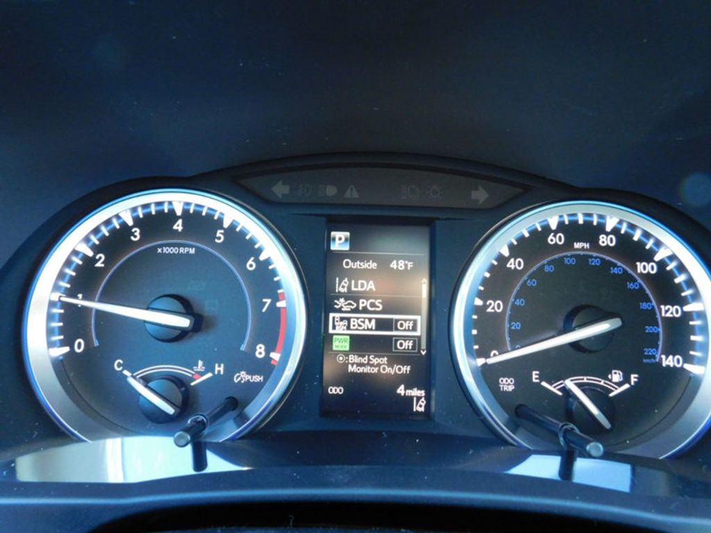 2018 Toyota Highlander SE V6 FWD - 17314374 - 22