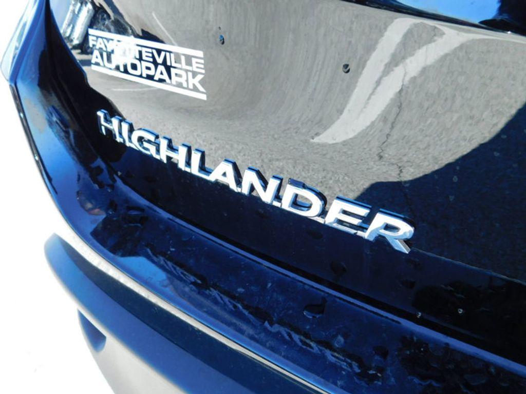 2018 Toyota Highlander SE V6 FWD - 17314374 - 4