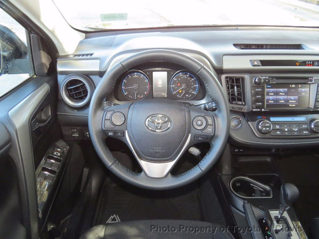 2018 Toyota RAV4 Adventure AWD - 16979212 - 5
