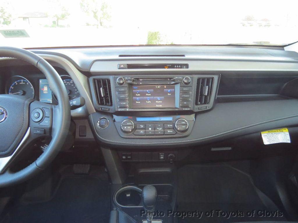 2018 Toyota RAV4 Adventure AWD - 17162523 - 9