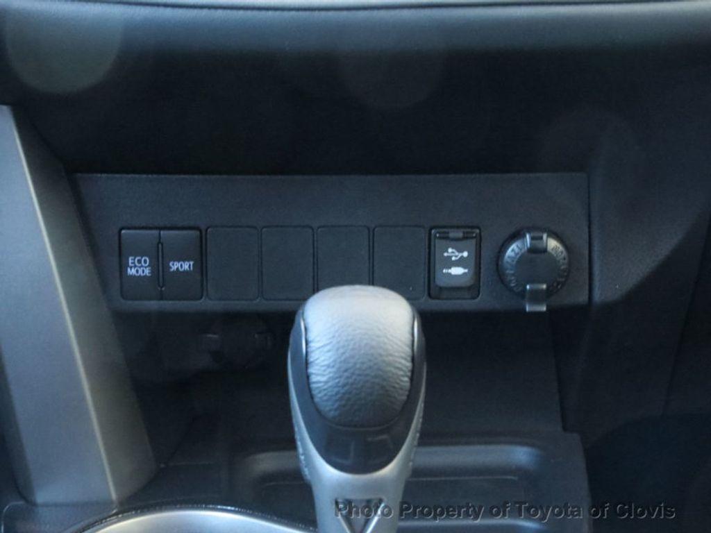 2018 Toyota RAV4 Adventure AWD - 17162523 - 12