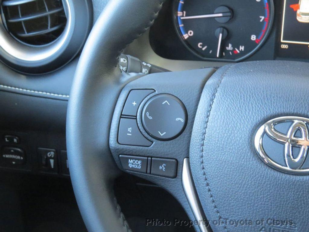 2018 Toyota RAV4 Adventure AWD - 17162523 - 7