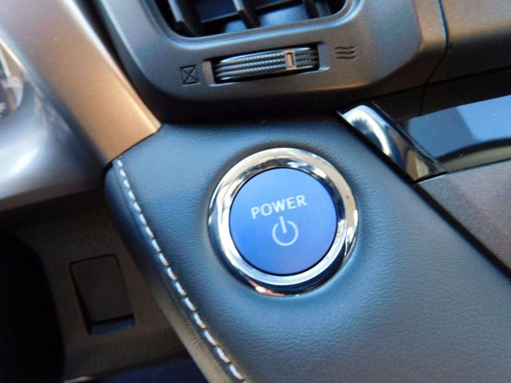 2018 Toyota RAV4 Hybrid LE AWD - 17109485 - 18
