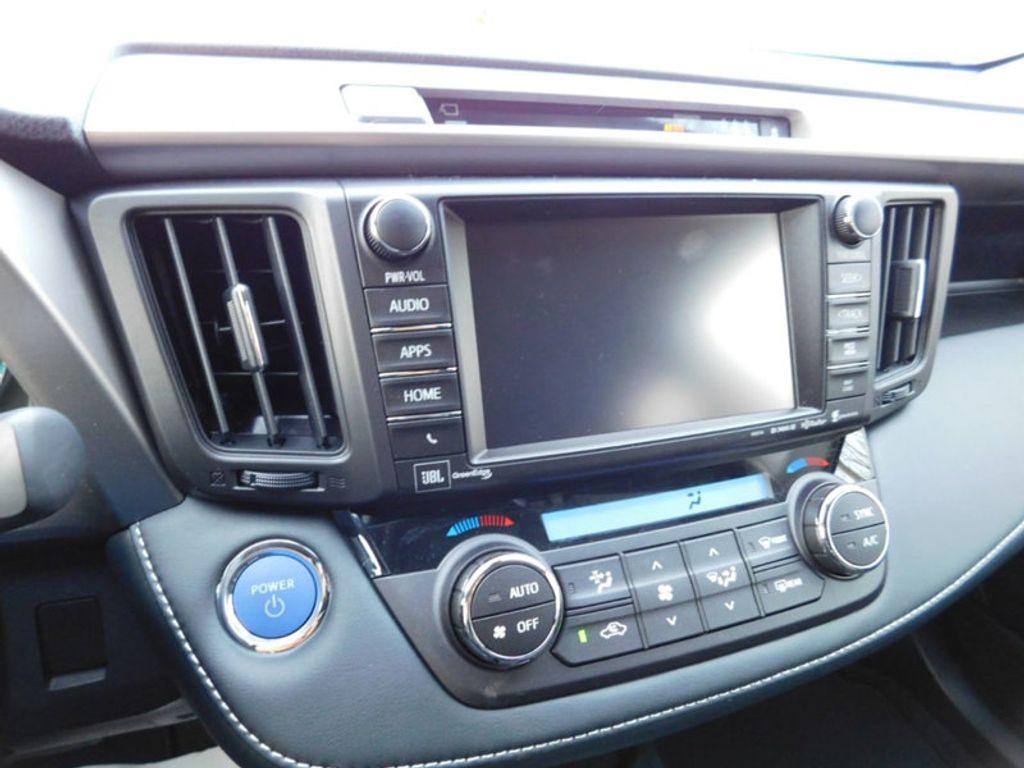 2018 Toyota RAV4 Hybrid Limited AWD - 17212380 - 18