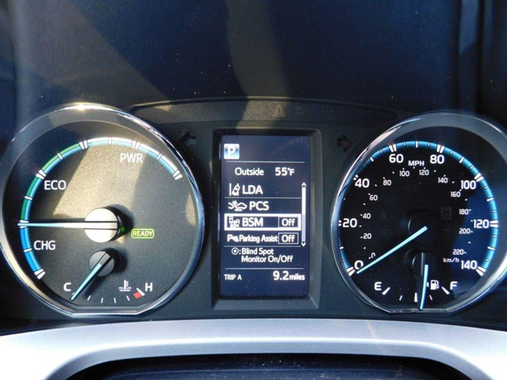 2018 Toyota RAV4 Hybrid Limited AWD - 17212380 - 21