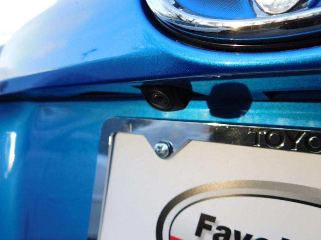 2018 Toyota RAV4 Hybrid Limited AWD - 17212380 - 6