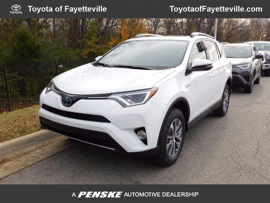 2018 Toyota RAV4 Hybrid XLE AWD - 17062844 - 0