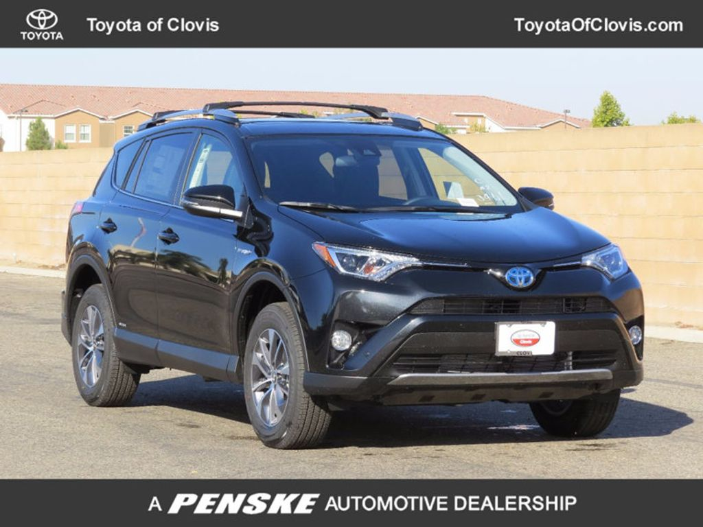 2018 Toyota RAV4 Hybrid XLE AWD - 16883897 - 0