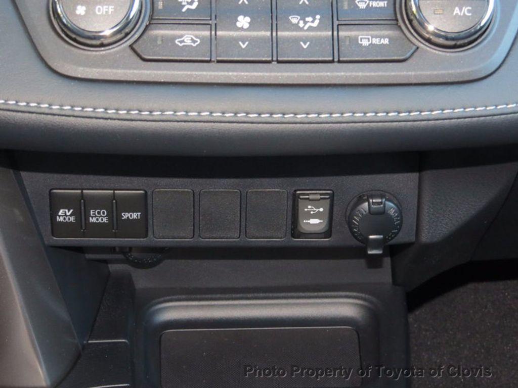 2018 Toyota RAV4 Hybrid XLE AWD - 16883897 - 12