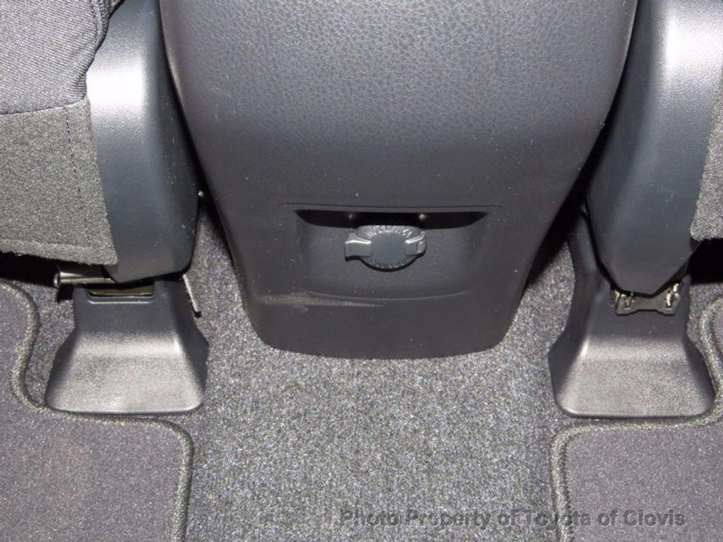 2018 Toyota RAV4 Hybrid XLE AWD - 16883897 - 16