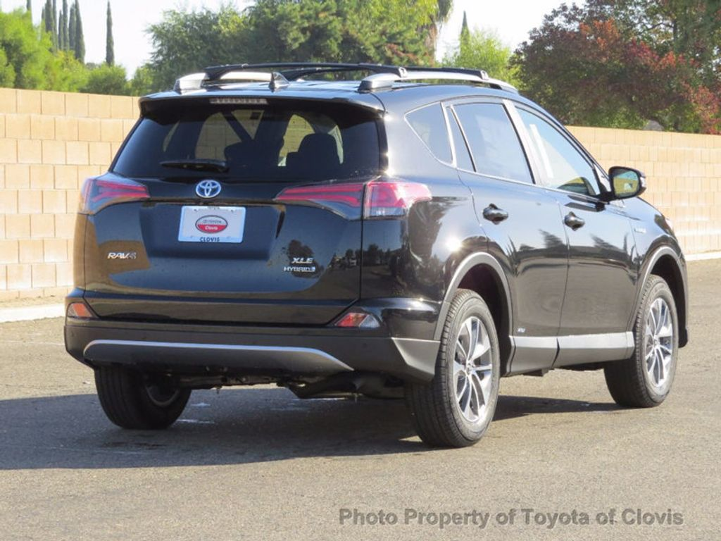 2018 Toyota RAV4 Hybrid XLE AWD - 16883897 - 2