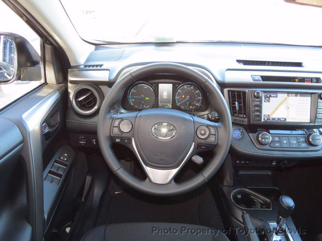 2018 Toyota RAV4 Hybrid XLE AWD - 16883897 - 5