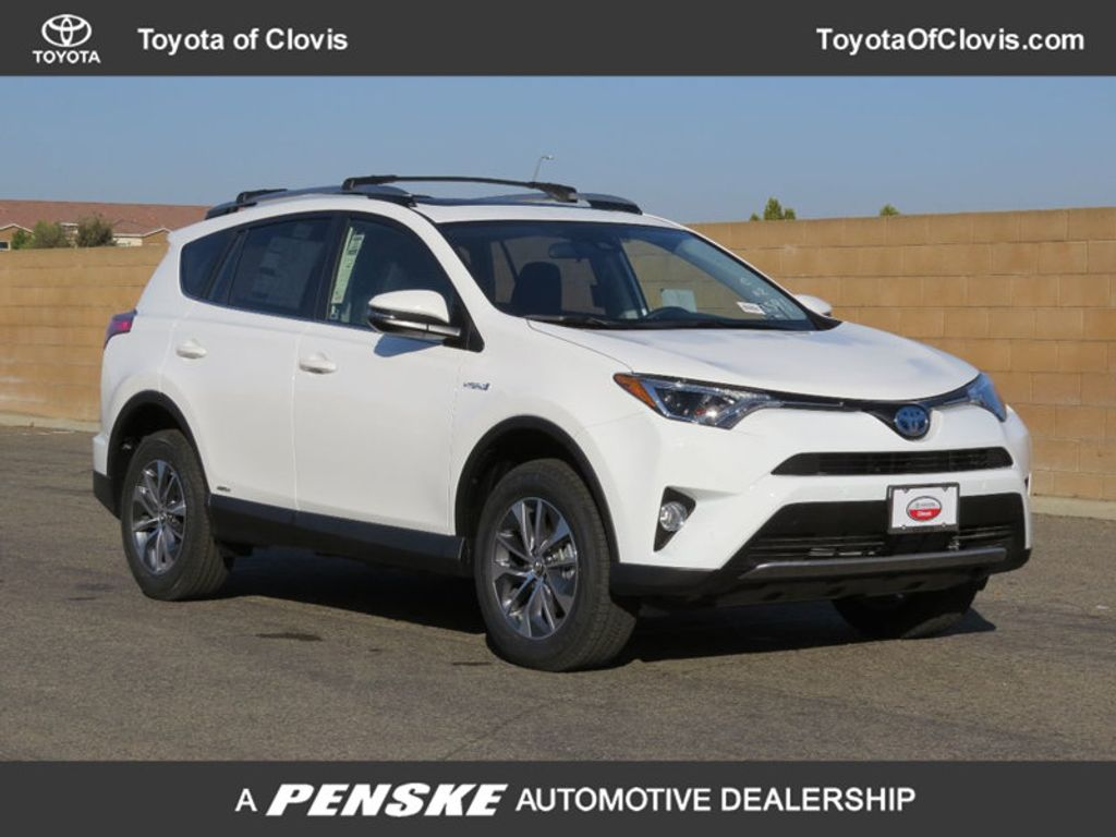 2018 Toyota RAV4 Hybrid XLE AWD - 17151667 - 0