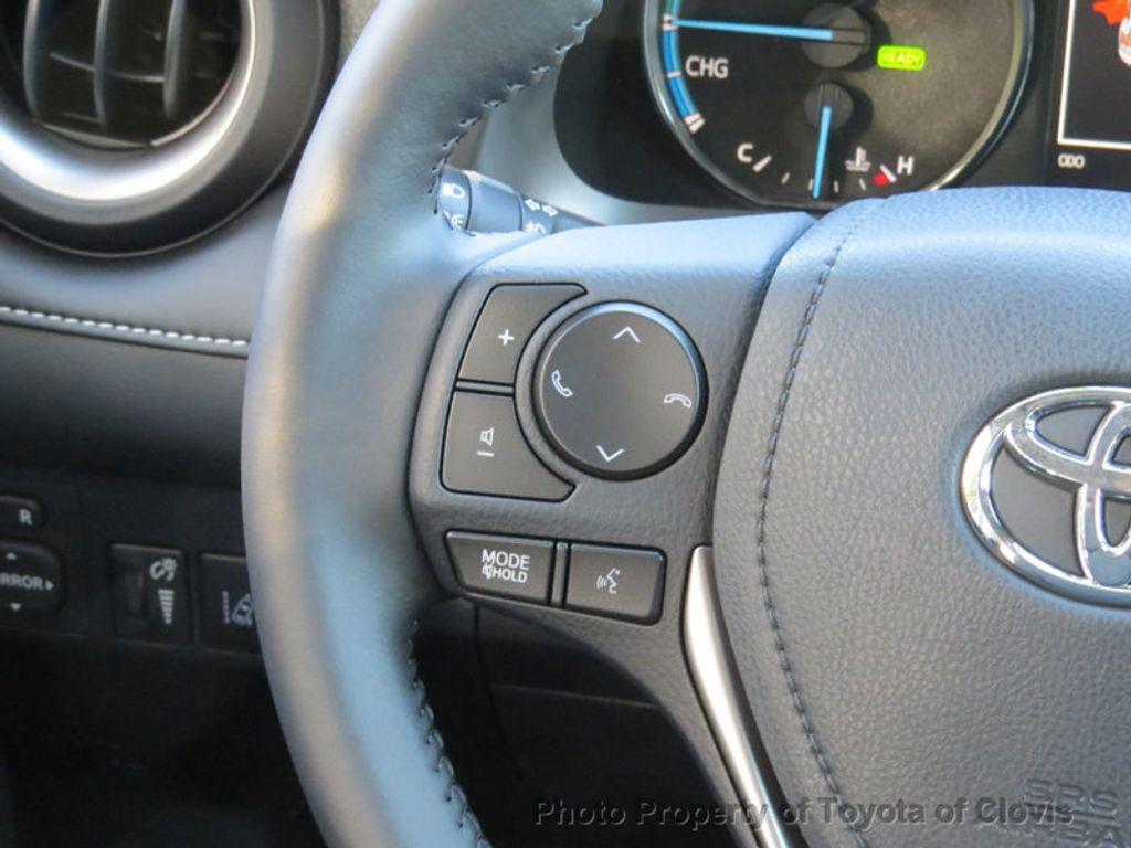 2018 Toyota RAV4 Hybrid XLE AWD - 17151667 - 7