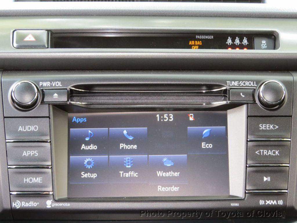 2018 Toyota RAV4 SE FWD - 17162530 - 11
