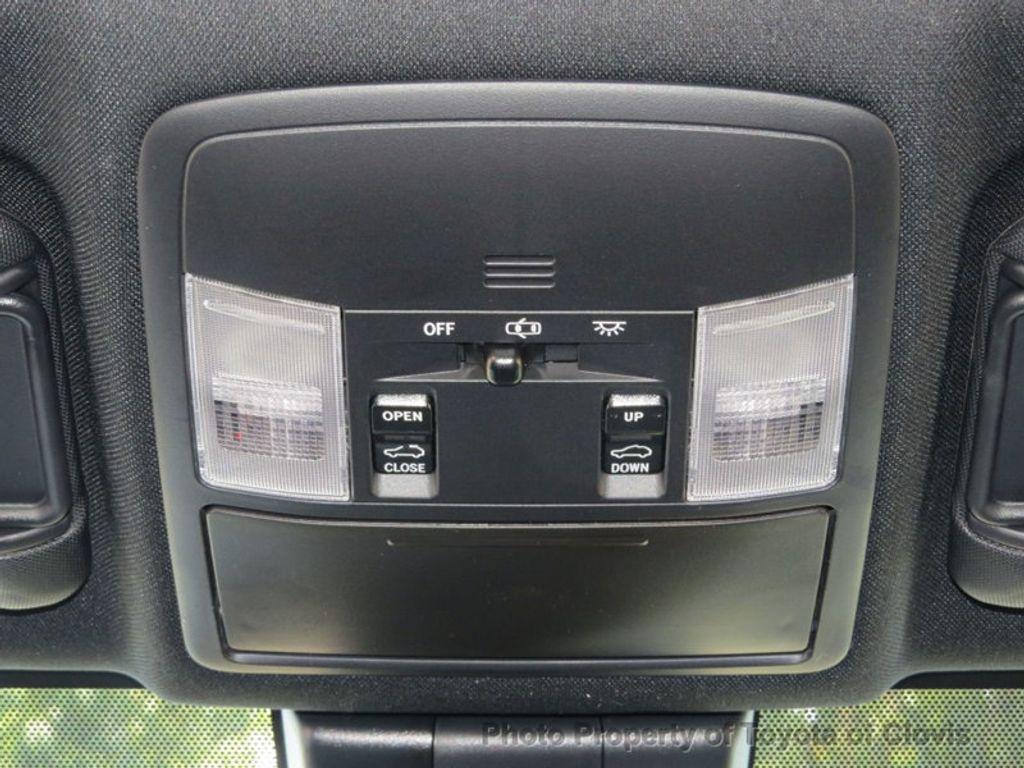 2018 Toyota RAV4 SE FWD - 17162530 - 16