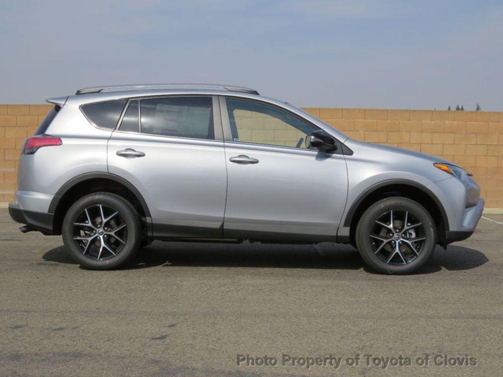 2018 Toyota RAV4 SE FWD - 17162530 - 1
