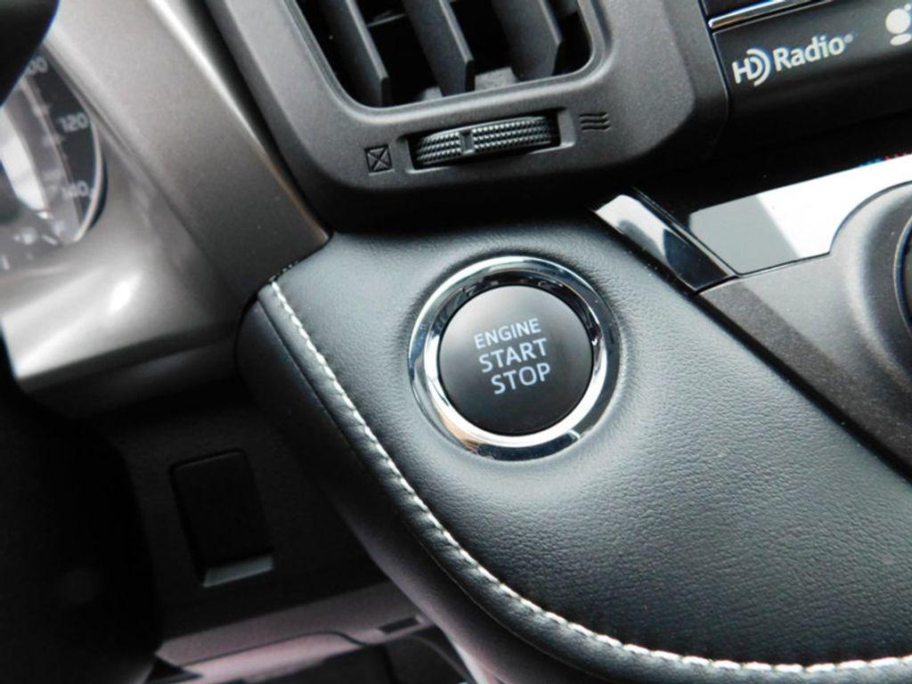 2018 Toyota RAV4 XLE AWD - 17181493 - 19
