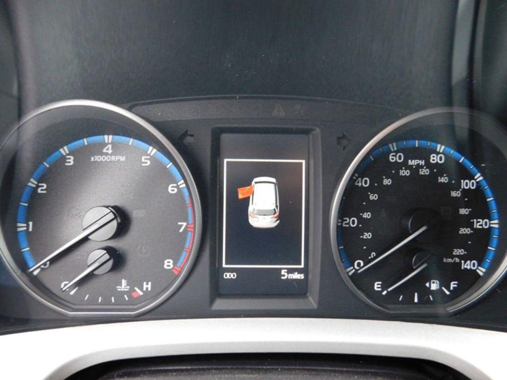 2018 Toyota RAV4 XLE AWD - 17181493 - 20
